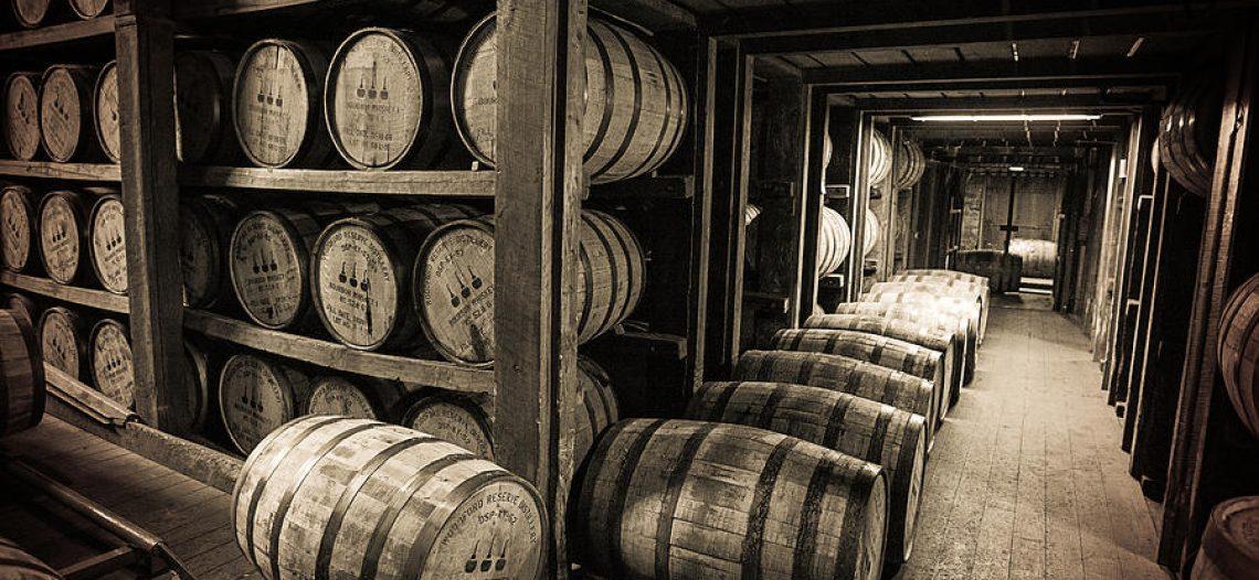 Bourbon Basics – American White Oak Barrels