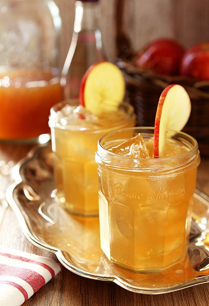 Bourbon And Apple Cider Cocktails