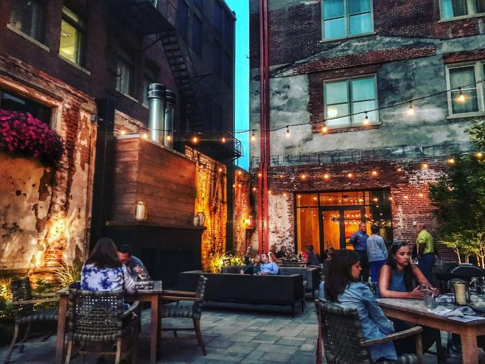 The Patio at Hotel Covington. Courtesy meetNKY.