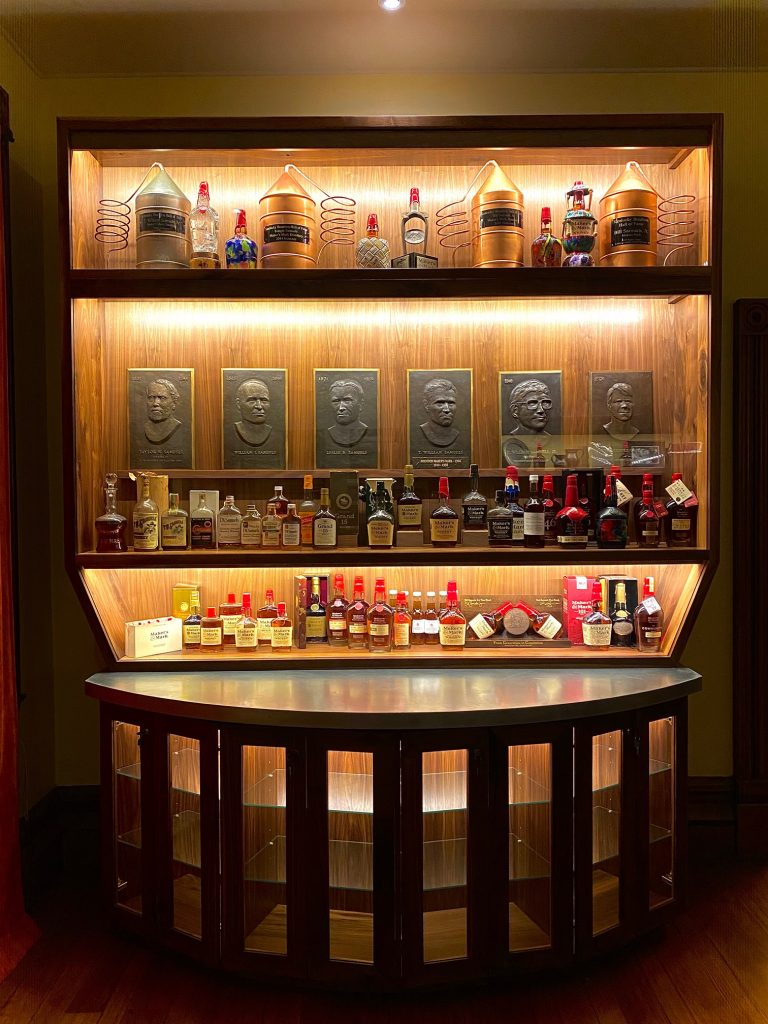 Bottle Lineage from T.W. Samuels to Maker's Mark